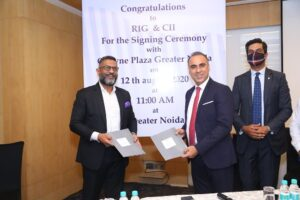 L_R–General-Manager-Ashwani-Nayar-signing-MoU-with-RIG-Institute